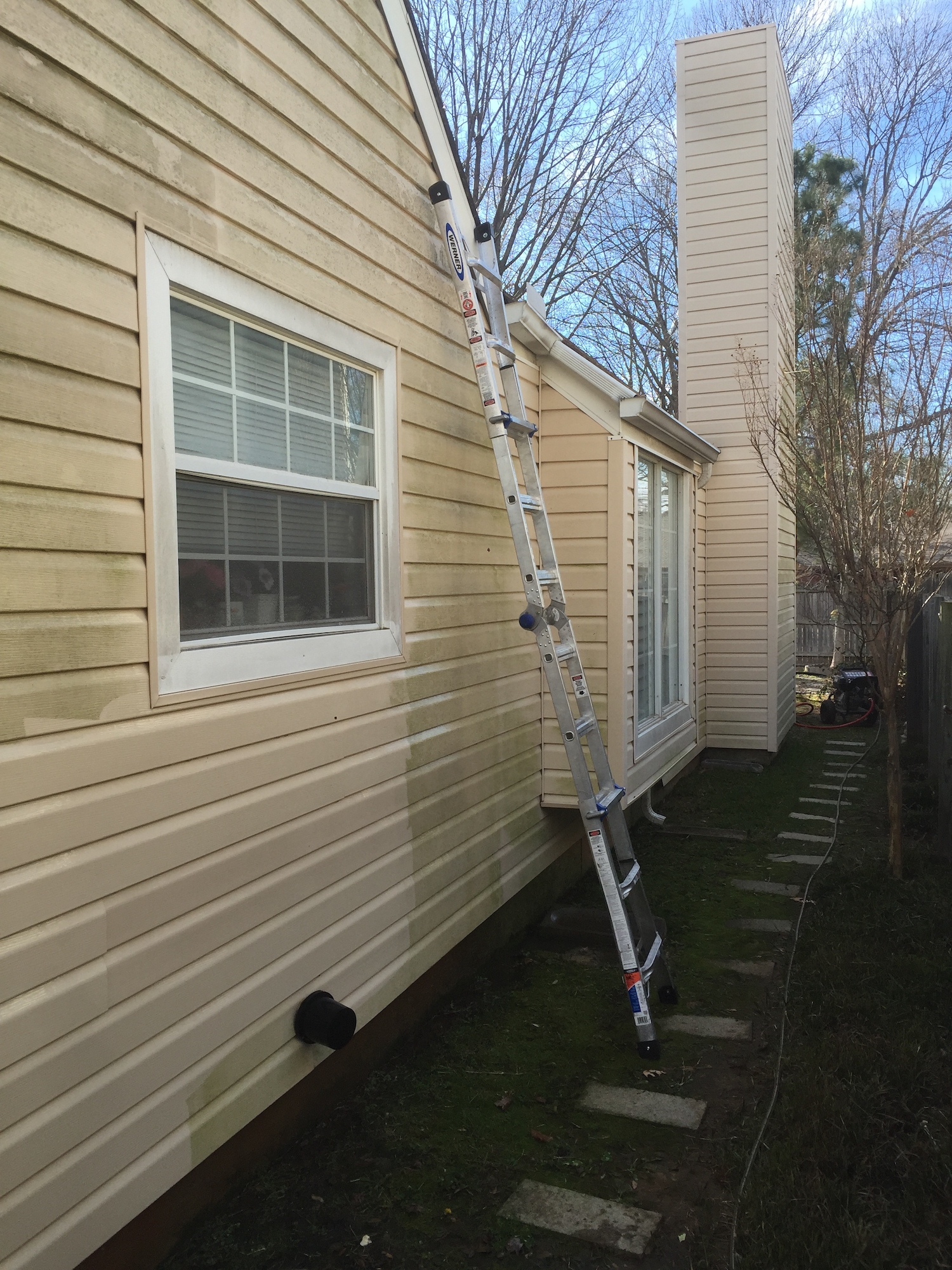 power washing home siding